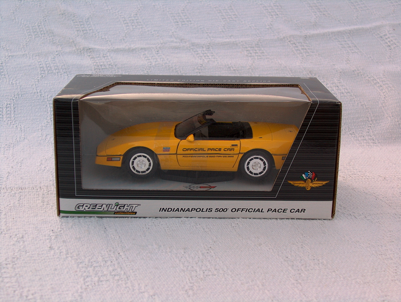 Diecast king maisto 1998 chevrolet corvette indy 500 pace car - 1986 Indy Pace Car 1 24 Scale By Greenlight Collectibles 19 95